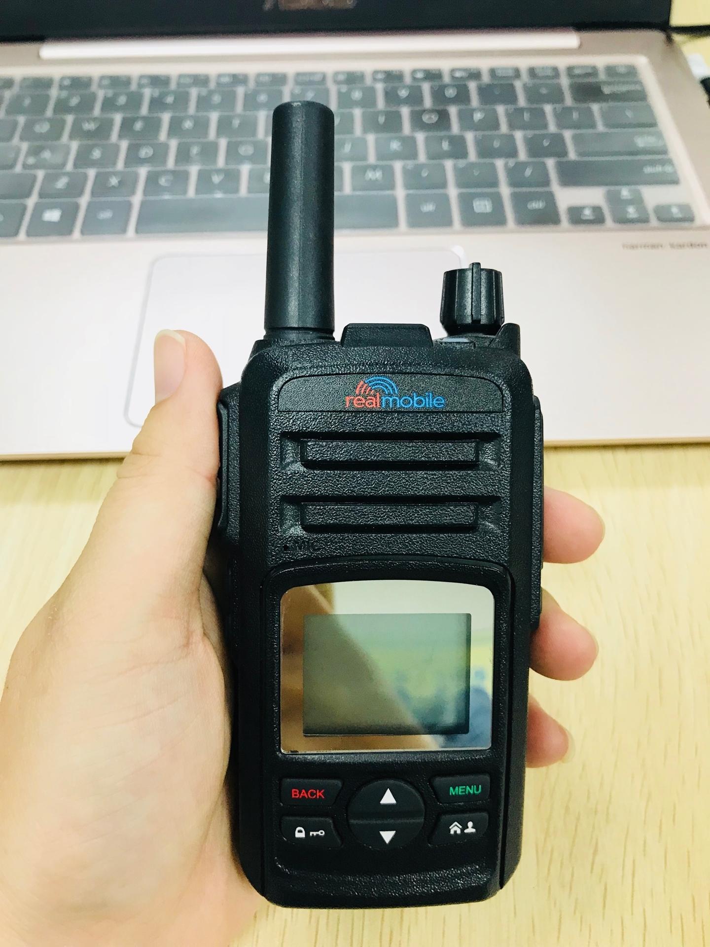Water proof radio